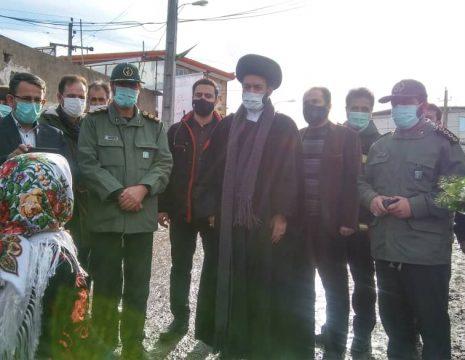 <h5>افتتاح یادمان شهدای روستای نیارق</h5><br><div> ... </div>