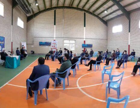 <h5>نشست فعالا فضای مجازی با اعضای شورای تامین و رییس شورای فرهنگ عمومی شهرستان نمین</h5><br><div> ... </div>